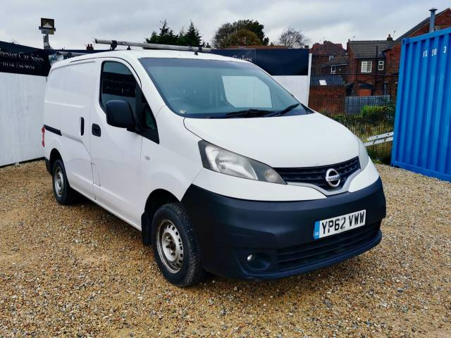 Nissan NV200 1.5 dCi 110 SE Van Combi Van Diesel White at Winchester Car Sales Sheffield